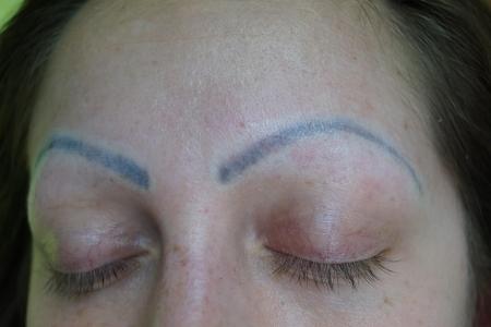 zjazvene-obocia-a-zle-tetovanie-permanentneho-make-upu-z-inych-salonov-riesim-kazdy-den